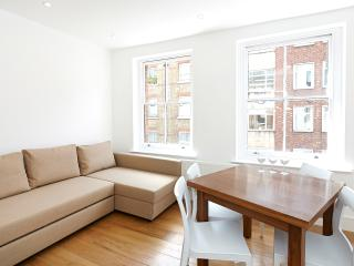 Emily Apartment (WS03) - London vacation rentals