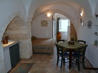 Romantic 1 bedroom House in Carovigno - Carovigno vacation rentals
