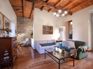 Perfect 3 bedroom Lecco Condo with Internet Access - Lecco vacation rentals