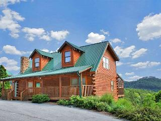 HOLLYWOOD IN THE HILLS - Pigeon Forge vacation rentals