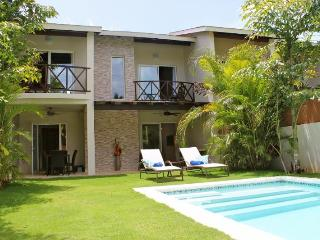 LOW RATE, Sleeps 12p. Only 75mtr From BEACH ! - Las Terrenas vacation rentals