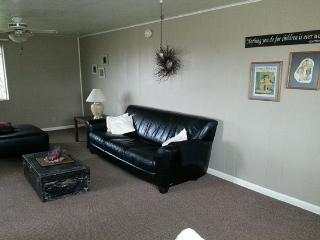 Country Home Away from Home Sleeps 6 - Swan Valley vacation rentals
