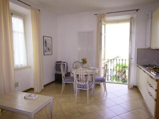 Romantic Apartment with A/C and Central Heating - Bellagio vacation rentals