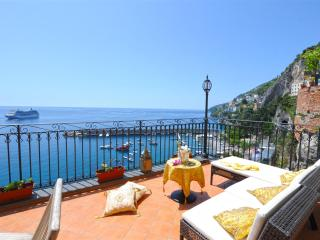 Afrodite house in the centre of Amalfi test - Amalfi vacation rentals