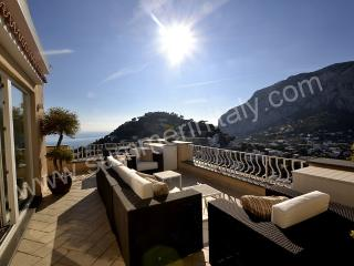Nice House with Deck and Internet Access - Capri vacation rentals