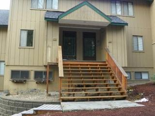 Waterville Valley Vacation Rental Condo with shared pool - Waterville Valley vacation rentals