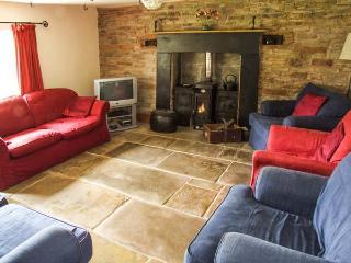 THE BIRCHES, woodburner, underfloor heating, character cottage near Hay-on-Wye, Ref. 8691 - Hay-on-Wye vacation rentals