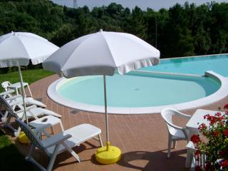 Nice House with Washing Machine and Fireplace - Montecastelli Pisano vacation rentals