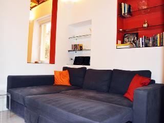 Piazza Navona design apartment - Rome vacation rentals