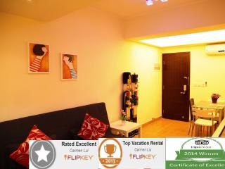 3mins to Causeway Bay MTR & Times Square - Hong Kong vacation rentals