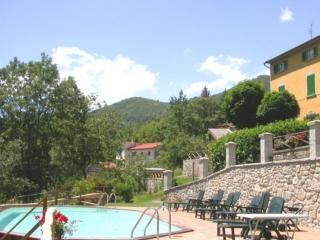 2 bedroom Apartment with Internet Access in San Marcello Pistoiese - San Marcello Pistoiese vacation rentals