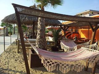MONOLOCALE MAX 4 PERSONE, 50m MARE,RESIDENCE CIMA - Rimini vacation rentals