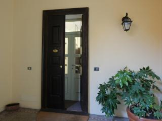 1 bedroom Guest house with Balcony in Varese - Varese vacation rentals
