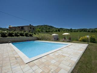casale villa collina - Chianni vacation rentals
