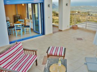 Splendid Breakfasts in Apartment-Spectacular views - Samonas vacation rentals