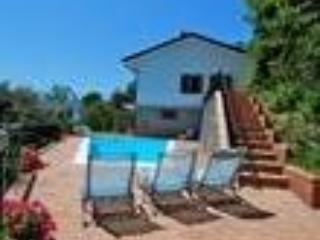 Villa with pool situated near the Apuan mountains - Fivizzano vacation rentals