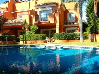 Stunning 3 level townhouse 2 min walk to the beach - Costa del Sol vacation rentals