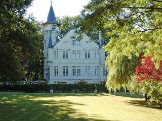 Chateau des Fees - Moncontour vacation rentals