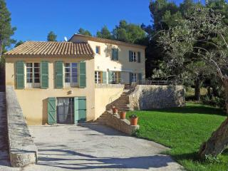 Maison Catherine - Le Beausset vacation rentals