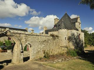 Breton Manor - The Tower - Brittany vacation rentals