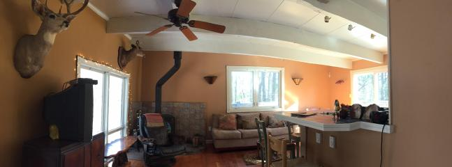 Nice House with Deck and Dishwasher - Lake Harmony vacation rentals