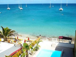 Creole Rock, 3 BR, beachfront, Grand Case, Calmos - Grand Case vacation rentals