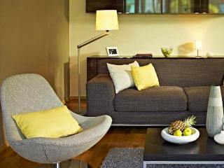 Near Grand Place & direct metro to the EU Quarter. - Brussels vacation rentals