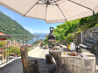 1 bedroom Apartment with Internet Access in Argegno - Argegno vacation rentals