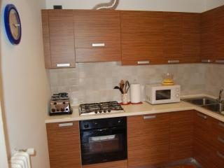 Cozy 2 bedroom Apartment in Tremezzo with Internet Access - Tremezzo vacation rentals