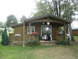 Nice Chalet with Satellite Or Cable TV and Cleaning Service - Brive-la-Gaillarde vacation rentals
