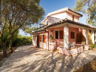 Villa Capitana- sailing, riding, trekking, sea,sun - Marina di Capitana vacation rentals