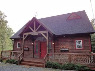 Bear Paw- Cabin with Scenic Mountain Views - Blue Ridge Mountains vacation rentals