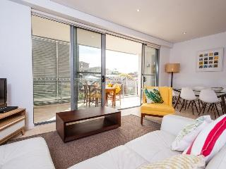 Gorgeous 2 bedroom House in Coogee - Coogee vacation rentals