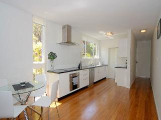 Nice 2 bedroom House in Bondi - Bondi vacation rentals
