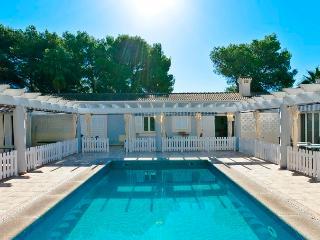 BEACH HOUSE IN PLAYA DE MURO 2 - Playa de Muro vacation rentals