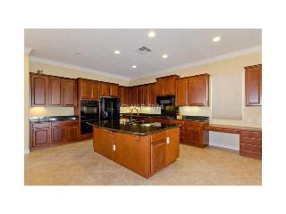 **NEW LISTING** #VEGAS-FamilyFriendly 5 Bd/4.5 Ba - North Las Vegas vacation rentals