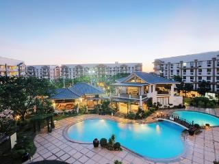2 BR Condo Lettings, amenities, malls, safety more - Pasig vacation rentals