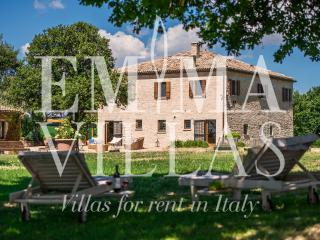 Casa Eugenia 8+1 - Rimini vacation rentals