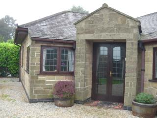 2 bedroom Bungalow with Internet Access in Crich - Crich vacation rentals