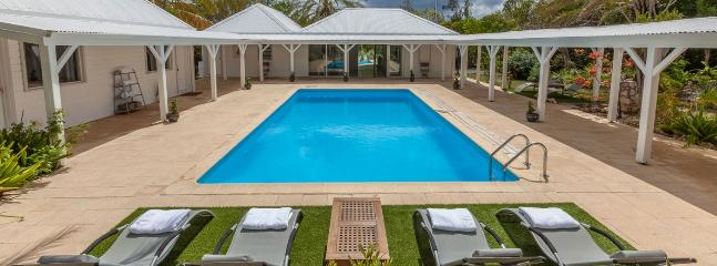 Villa Greystone SPECIAL OFFER: St. Martin Villa 377 Very Comfortable, Secluded And Within Easy Reach Of The Beautiful Terres Basses Beaches. - World vacation rentals