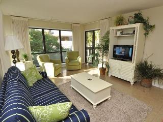 15-16 Moorings - Beautiful 2 Bedroom Palmetto Dunes Villa! - Hilton Head vacation rentals