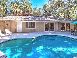 6 Bayberry -  Family Friendly, 3rd Row Ocean & 4 Bedrooms - South Carolina Island Area vacation rentals