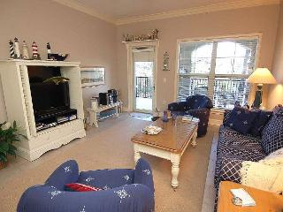 204 NorthShore Place-  Beautiful 2nd Floor Villa - 100 Yards to the beach. - South Carolina Island Area vacation rentals