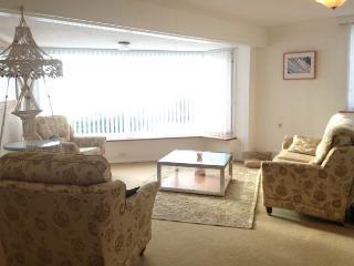Sandgate Kent 2 bed apartment with sea views - Sandgate vacation rentals