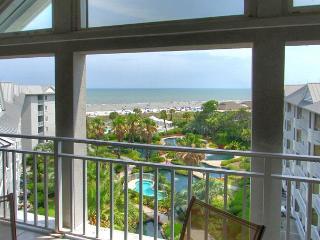 PENTHOUSE 5 at SeaCrest - Oceanfront 4 Bedrooms & Beautiful - Sleeps 10 - Hilton Head vacation rentals
