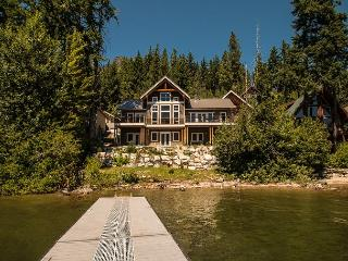 Spectacular  beach/dock 30 mins to Leavenworth - North Cascades Area vacation rentals