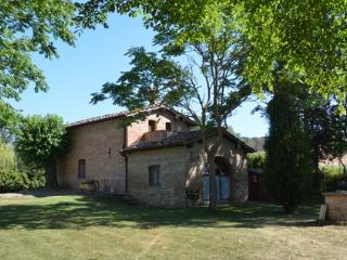 Siena San Fabiano cottage, air conditioning, pool - Siena vacation rentals