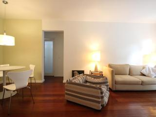 2 bedroom Apartment with Satellite Or Cable TV in Sao Paulo - Sao Paulo vacation rentals
