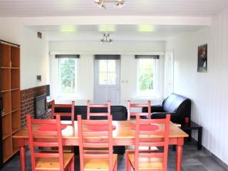 Cozy 3 bedroom Chalet in Vencimont with Dishwasher - Vencimont vacation rentals