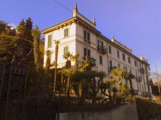 Beautiful Studio Apt overlooking Bellagio - Cadenabbia di Griante vacation rentals